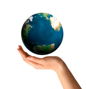 shutterstock_symbol-of-a-hand-holding-earth-globe-environment-and-ecology-concept-4015609 - kopie